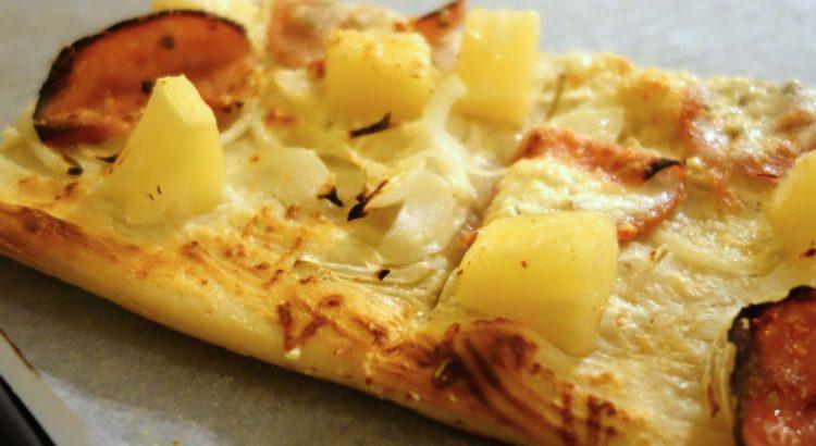 Ananasová pizza